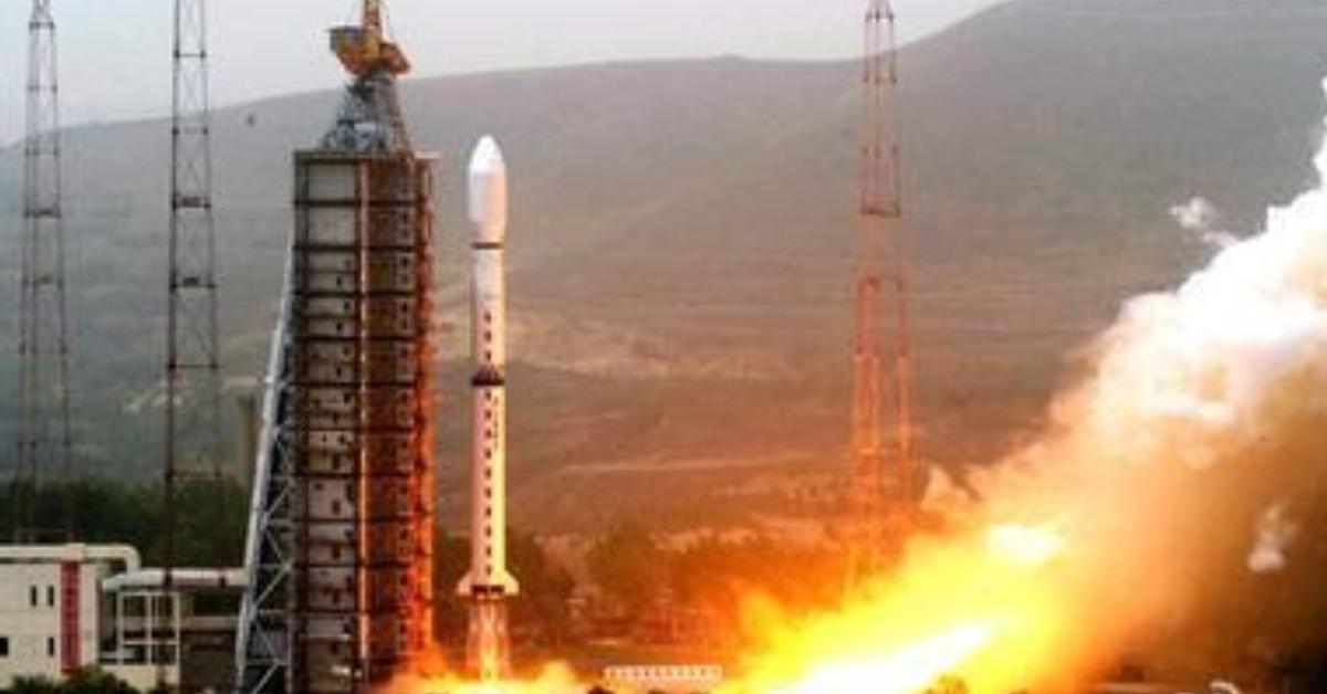 當代中國-當年今日-資源二號衛星